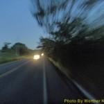 Início do asfalto ainda de madrugada.